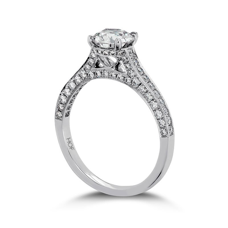 DR05387-Hearts-on-Fire-Illustrious-Diamond-Band-Engagement-Ring-1