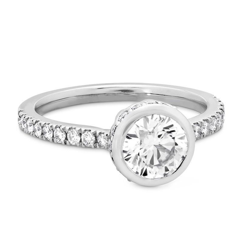 DR05922-Hearts-on-Fire-Deco-Chic-Bezel-Engagement-Ring-2