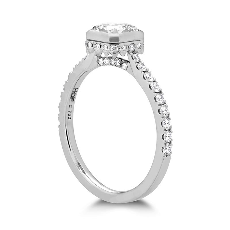 DR06203-Hearts-on-Fire-Deco-Chic-Dream-Bezel-Engagement-Ring-1