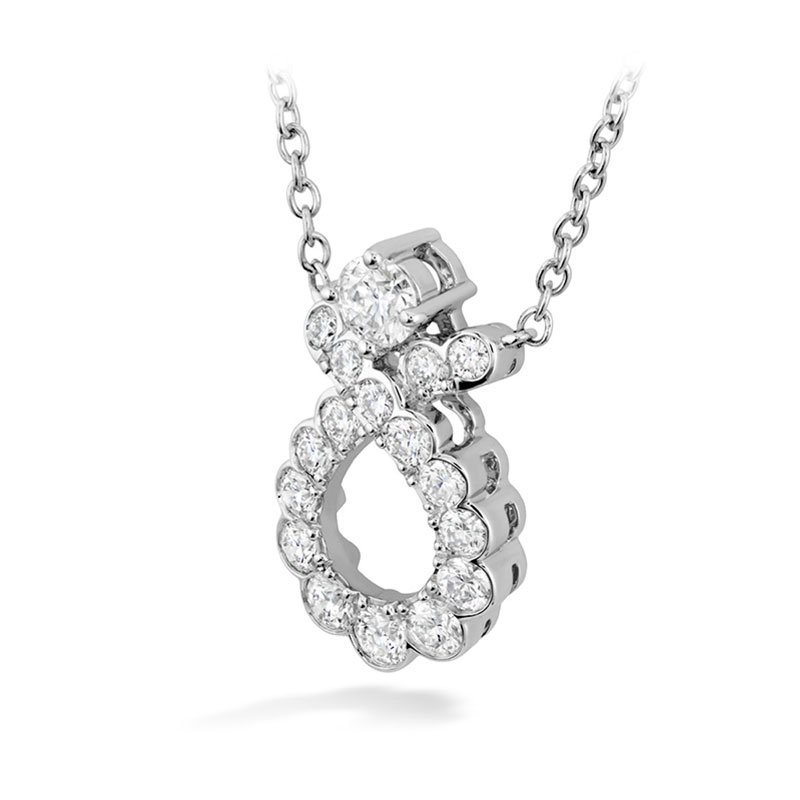 DR06540-Hearts-on-Fire-Aerial-Regal-Scroll-Diamond-Pendant-1