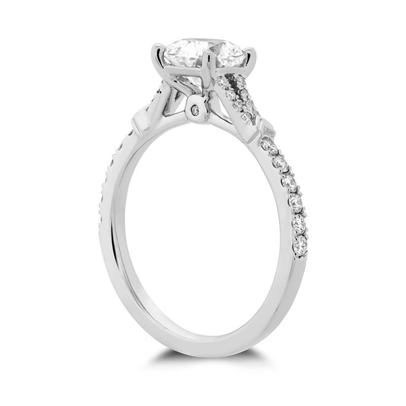 DR06756-Hearts-on-Fire-Cali-Chic-Dream-Engagement-Ring-1