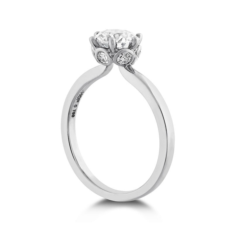 DR06763-Hearts-on-Fire-Signature-Bezel-Basket-Engagement-Ring-1
