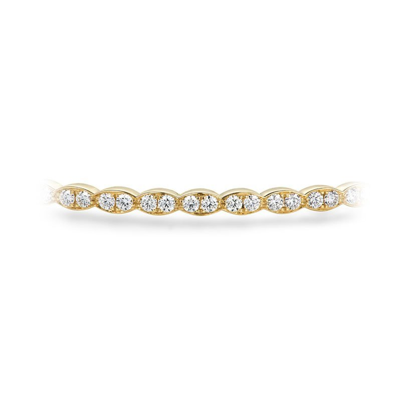 DR07200-Hearts-on-Fire-Lorelei-Floral-Diamond-Bangle-2
