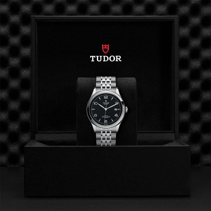 TUDOR_1926-91550_67050_BLK-1
