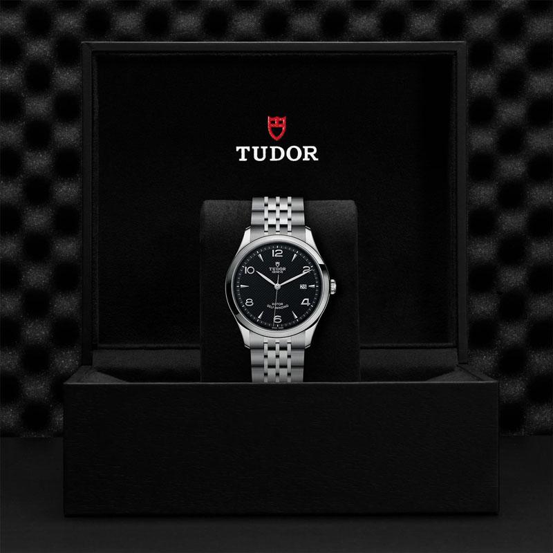 TUDOR_1926-91650_67070_BLK-1