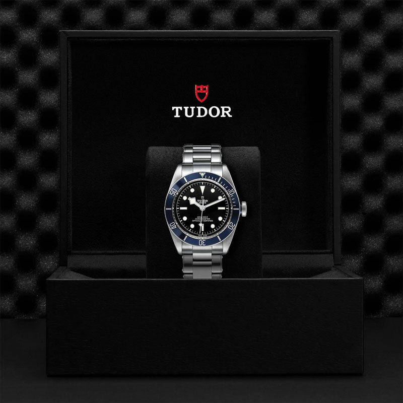 TUDOR_BLACK_BAY-79230B_72060_BLK-1