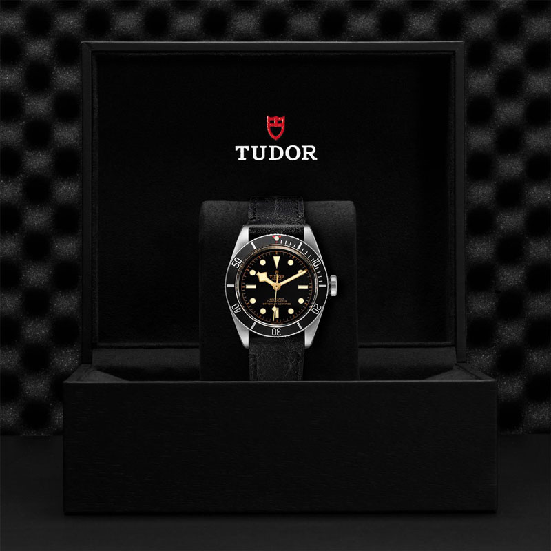 TUDOR_BLACK_BAY-79230N_CALFBLAC-1