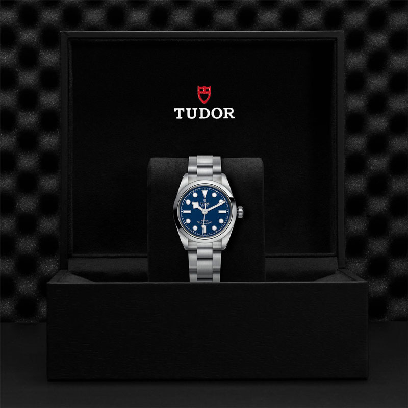 TUDOR_BLACK_BAY_32-79580_95780_BLU-1