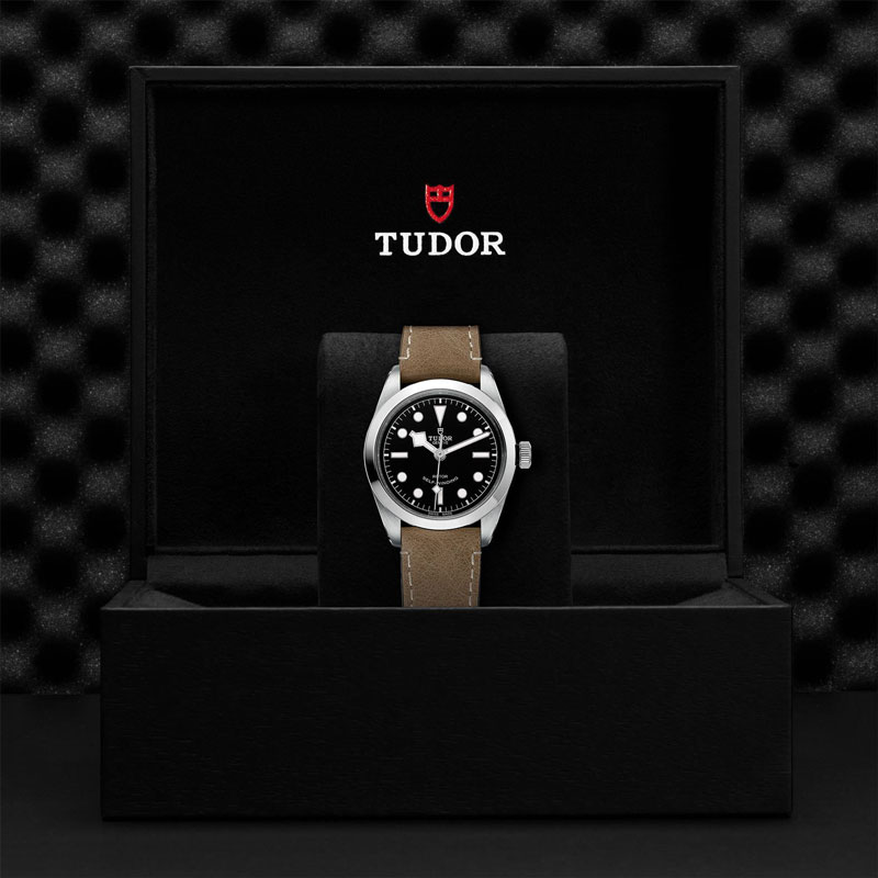 TUDOR_BLACK_BAY_36-79500_CALFBEIGE-1