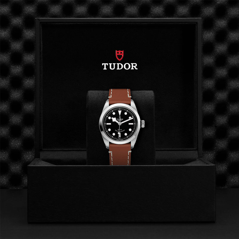TUDOR_BLACK_BAY_36-79500_CALFBROW-1