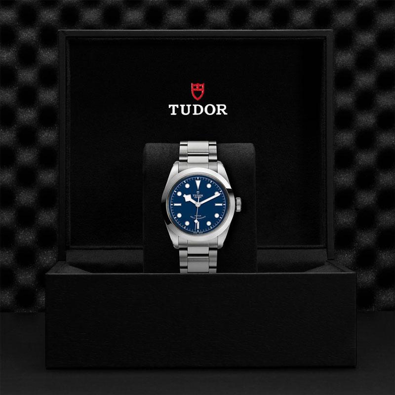 TUDOR_BLACK_BAY_41-79540_95740_BLU-1