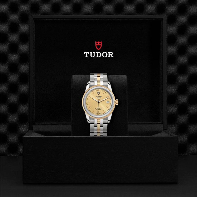 TUDOR_GLAMOUR_DATE-55003_68053_CHP-1