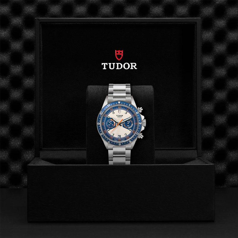 TUDOR_HERITAGE_CHRONO_BLUE-70330B_95740_BLU-1